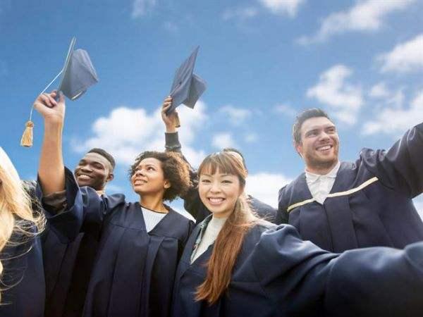 海外留学生英文考试助攻有没有?